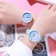 2019 Beautiful fashion silicone strap ladies luminous watches