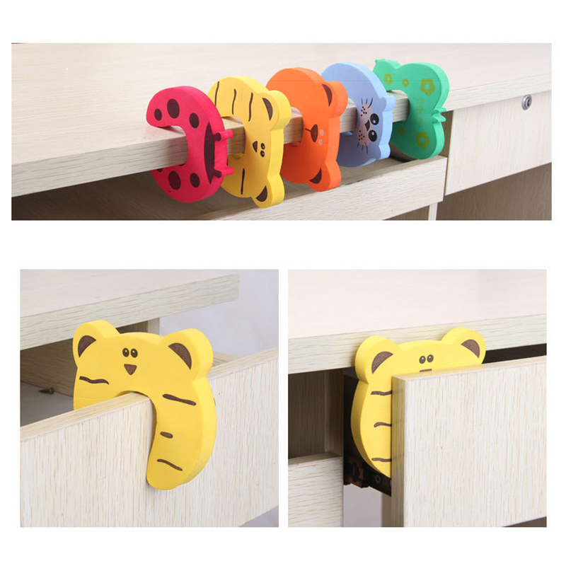 5Pcs/Lot  Baby Safety For Newborn Furniture Protection Card Door Stopper Security Cute Animal Care Child Lock Finger Protector