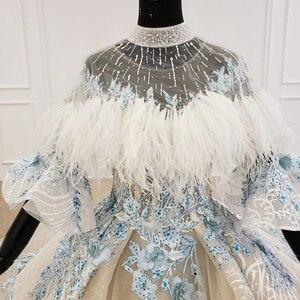 Image 4 - HTL1112 özel renkli lüks düğün elbisesi 2020 Cape tüy yarım kollu aplikler gelin kıyafeti