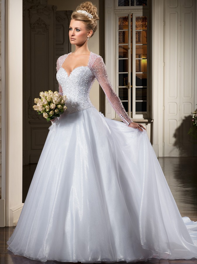 Hand Made Beads Long Sleeve Wedding Dresses With Court Train Sheer Back Custom Made Vestidos De Noiva 2015 Bridal Gown WY38
