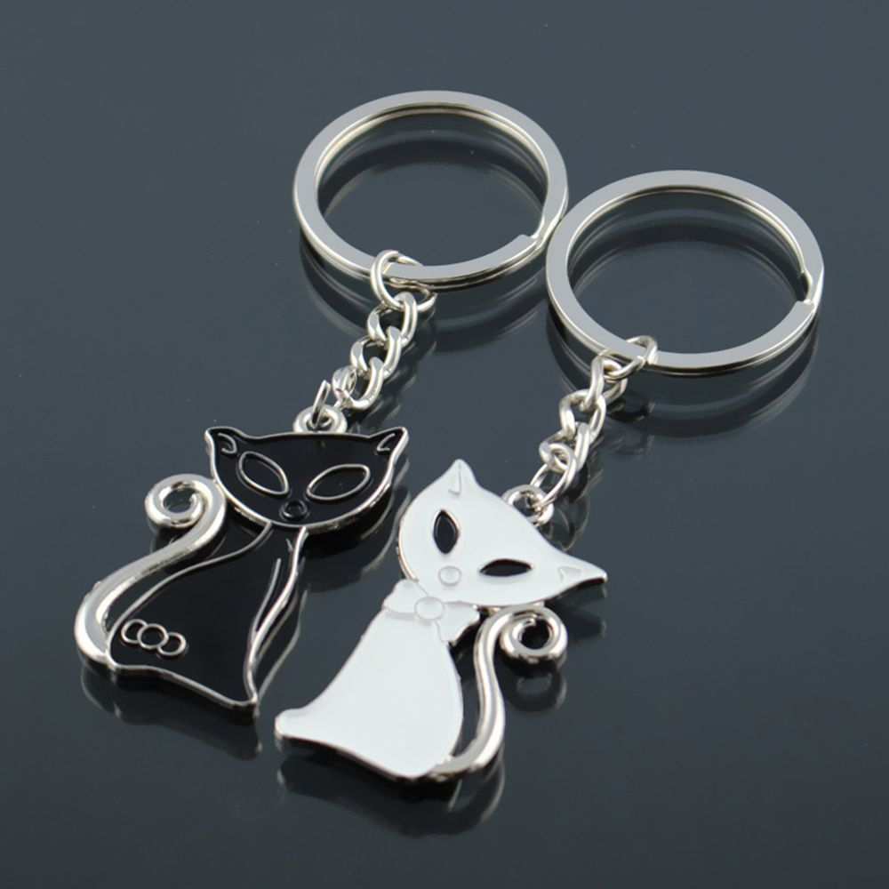Cute Couple Cat Keychain for Lovers Alloy Fashion Enamel Jewelry Ring For Bag Ornament Accessory