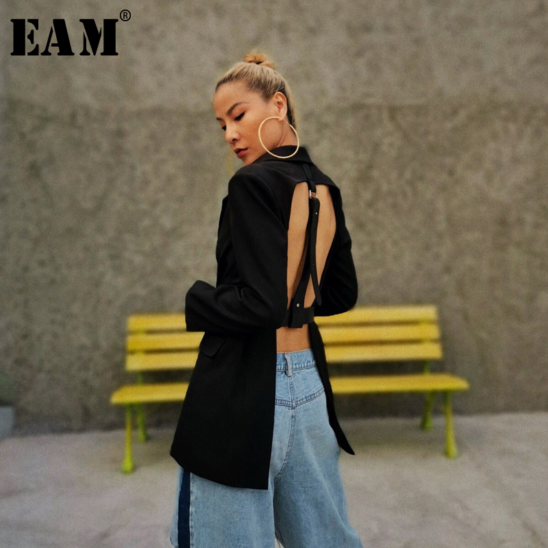 [EAM]  Women Black Backless Buckle Big Size Blazer New Lapel Long Sleeve Loose Fit  Jacket Fashion Spring Autumn 2020 1T538