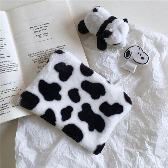 South Korea INS Simple Plush Cow Purse Coin Cosmetic Bag Carrying Students Cute Bag Women's Fashion