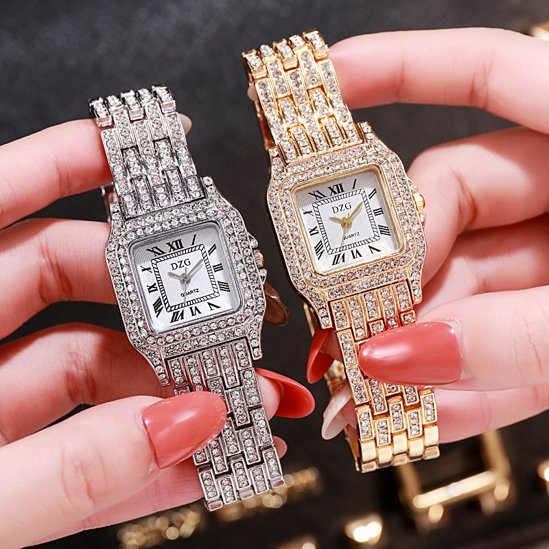 2020 New Square Wristwatch Water Diamond Women's Watch Fashion Student Watch High Grade Alloy Quatz Watch