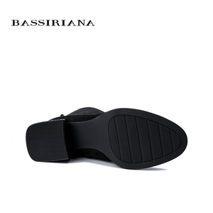 Image 4 - BASSIRIANA 2019 nowe zimowe buty damskie kozaki zamszowe, gumowe antypoślizgowe podeszwy na niskim obcasie.