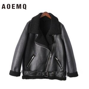 Image 5 - AOEMQ Retro nowy klapa i aksamitne wyściełane futro jeden płaszcz ciepła moda PU skóra jagnięca odzież motocyklowa Bomber Jacket