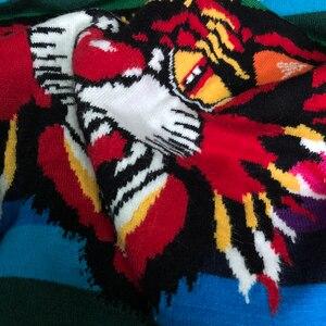 Image 5 - Женский жаккардовый джемпер в радужную полоску, с принтом тигра