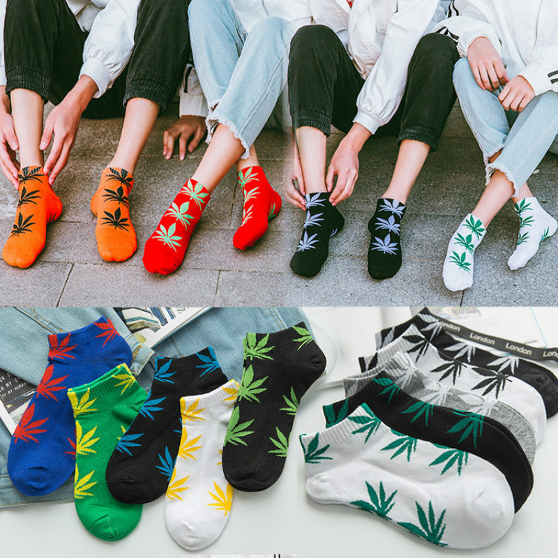 Fashion Unisex Ankle Socks Maple Leaf Hemp Weed Pattern Man Socks Funny Street Fashion Woman Hip Hop Skateboard Short Socks