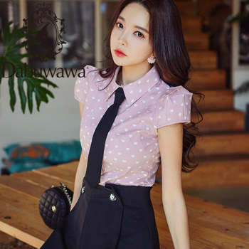 Dabuwawa Pink Heart Printed Button Front Blouse Shirt Women Tops Short Sleeve Basic Tie Blouses For Office Ladies DT1BST024 dabuwawa elegant white v neck solid lace cutout blouse women tops short sleeve button front blouses shirts female dt1bla004
