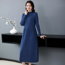Autumn Early Winter Woman Chic Knitted Dress Blue Beige Green Calf Length Crew Neck Ripple Knit One Piece Knitwear Dresses Lady