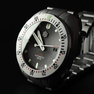 Image 4 - San Martin Bracelet métallique résistant à leau, sablage en acier inoxydable, sablage automatique, mécanique, saphir montre pour hommes lumineux