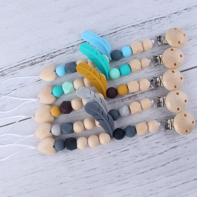 Wooden Baby Pacifier Holder Silicone Feather Charms Teething Pacifier Clips Chain For Baby Dummy Feeding