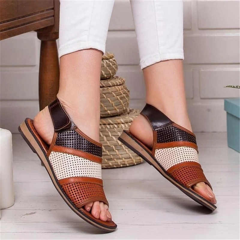 Summer Women Flat Sandals Hollow out Ladies Hook Loop PU Leather Flat Shoes Woman Peep Toe Casual Rome Fashion Female Shoes 2020