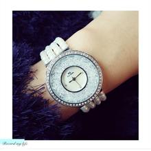 купить Top Brand Fashion Watch Women Luxury Creative Pearl Strap Bracelet Analog Wristwatch 2019 Relogio Feminino Montre Relogio Clock по цене 1078.85 рублей