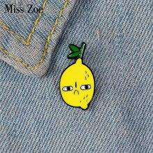 Invejoso limão esmalte pino personalizado invejoso rosto broches para camisa lapela saco fruta emblema dos desenhos animados jóias presente para crianças amigos
