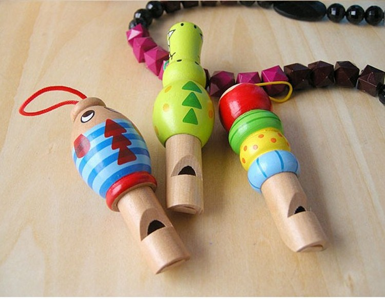 Wooden Cartoon Animal Small Whistle 3-at Will Choose Random Delivery