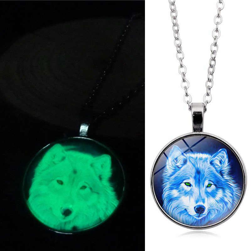 Encanto cabeza de Lobo collar con colgante luminoso moda clásica cúpula de cristal aleación brillan en la oscuridad mujeres hombres regalos de joyería creativa