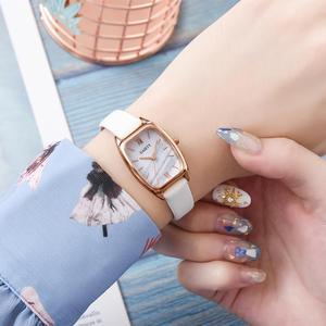Image 2 - Squisita piccola semplice del vestito delle donne orologi in pelle retrò orologio femminile Top delle donne di marca di modo mini design orologi da polso orologio