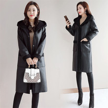 Новое женское меховое пальто, зимняя теплая куртка из искусственной кожи, высокое качество, женские длинные парки, черная меховая верхняя одежда с капюшоном
