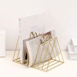 Żelazny stojak na płyty LP trójkąt Book Magzine Holder biurko do przechowywania rekordów w Gramofony od Elektronika użytkowa na