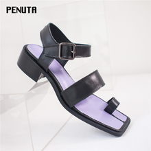 2020 PENUTA New Designer Flip Flop Sandals Women European Fashion Gladiator Shoes Mid Heel Summer Beach Hot Sell X0035