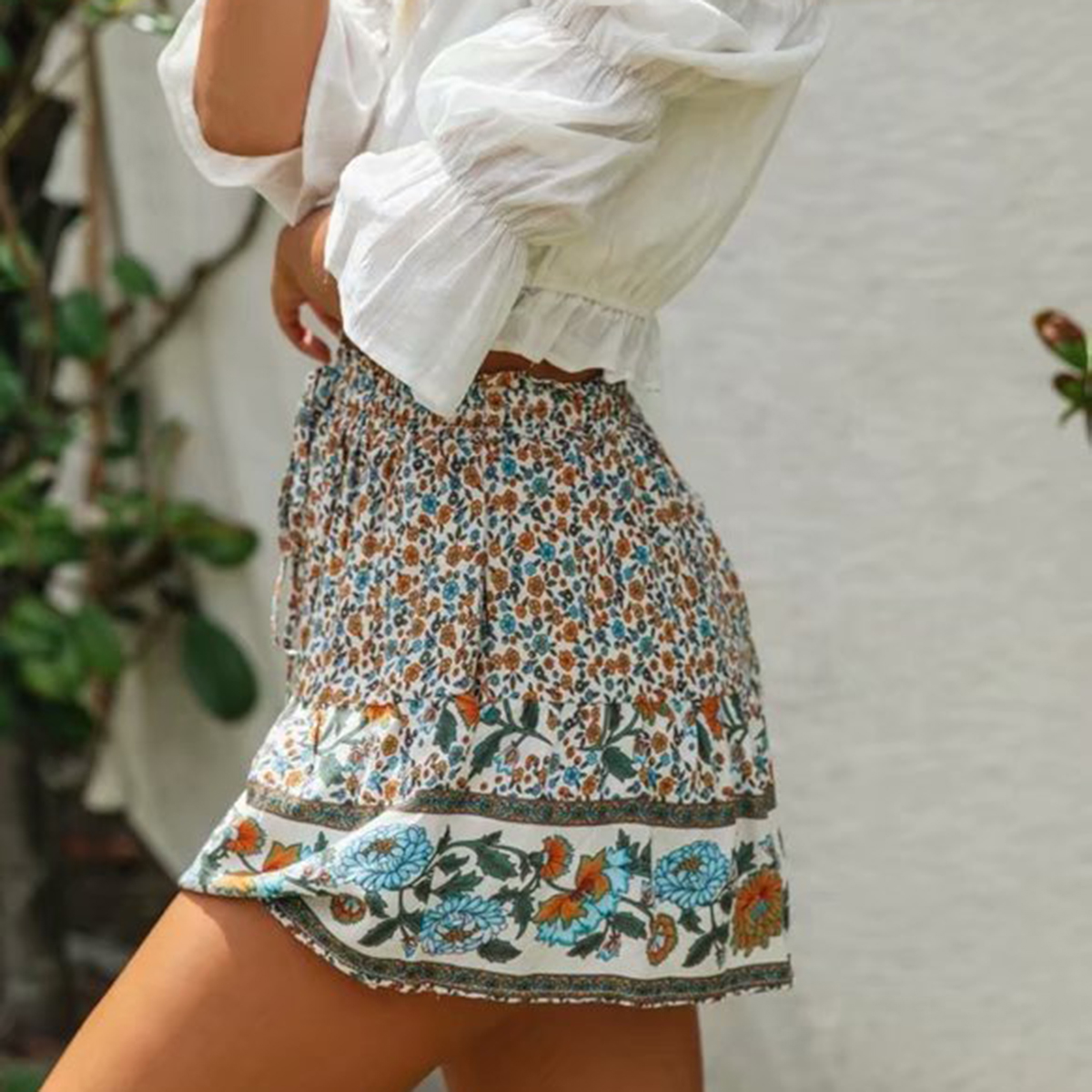 Hippie Summer Beach Wear Floral Printed Shorts High Waist Elastic Vintage Short Feminino 2020 Loose Casual Boho Women Shorts