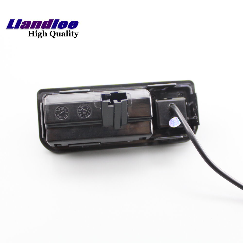 Liandlee For Audi Q2 2017 2019 Original Car Screen Upgrade Reversing Image Camera Track Handle Rear View Camera Plug And Play in Vehicle Camera from Automobiles Motorcycles