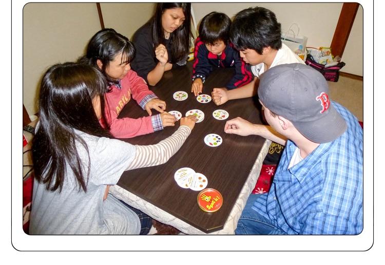 Tempat Itu dan Dobble Kartu Meja Permainan Papan Permainan untuk Dobbles Anak-anak Tempat Kartu Ini Pergi Berkemah Kotak Timah Logam mainan