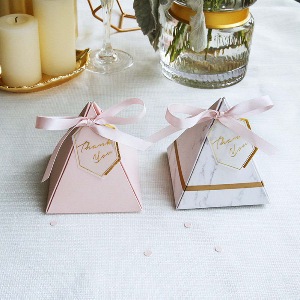 50Pcs Cardboard Triangle Chocolate Box Childrens Pyramid Wedding Birthday Souvenir Giveaway Candy Box Dragee Baptism Tags Ribbon