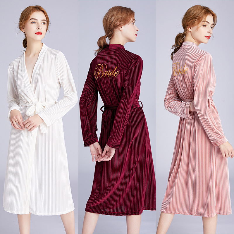 Women's Velvet Robe Wedding Dress Robe Embroidery Bride Cardigan Robe Simulation Silk Clothing Wedding Pajamas DaSR1272-1