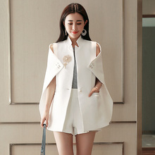 2 Colors 2019 Runway Fashion Office Lady Women Cape Blazer Black White Beadinged Diamond Ruched Coats Sexy Clothing