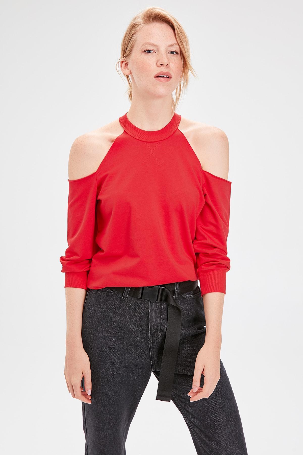 Trendyol Red Cut Outlu Knitted Sweatshirt TWOAW20SW0077