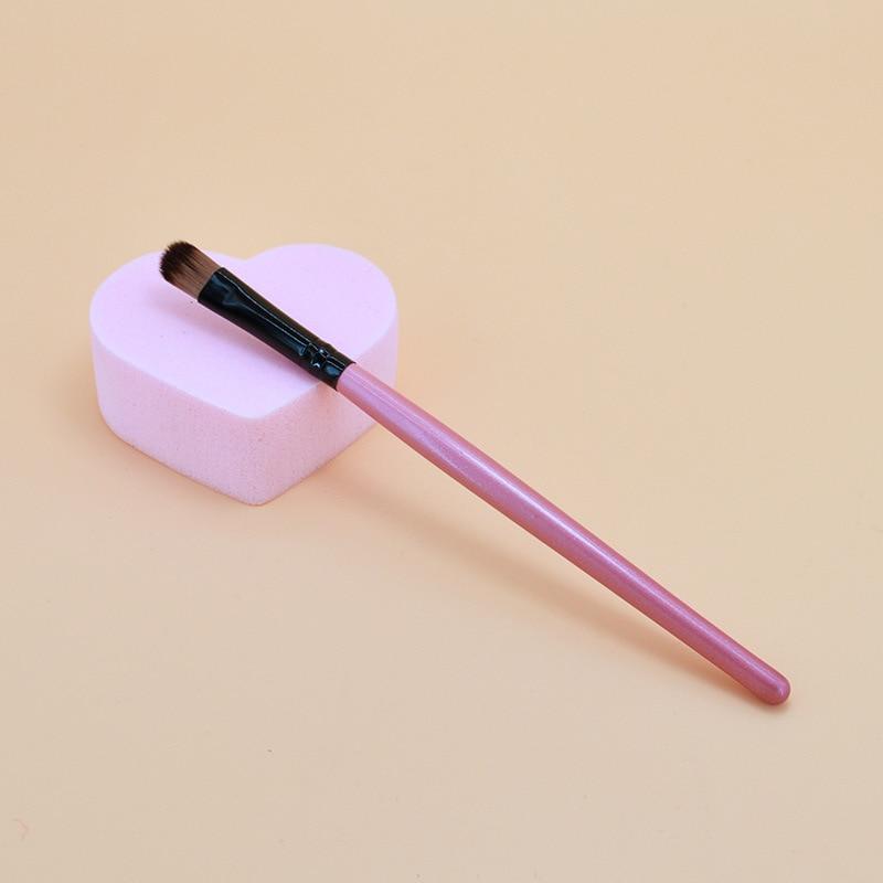 Hot Sale 1pcs Eye Makeup Brushes Eye Shadow Eyeliner Eyelash Lip Make Up Brush Soft Head Wooden Handle Cosmetic Beauty Tool Kit