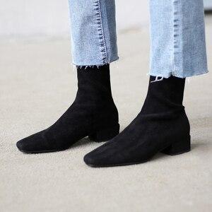 Image 2 - INS femmes chaudes bottes style britannique grande taille bottes extensibles décontracté troupeau bottes européennes et américaines femmes doublure en peau de porc semelle intérieure