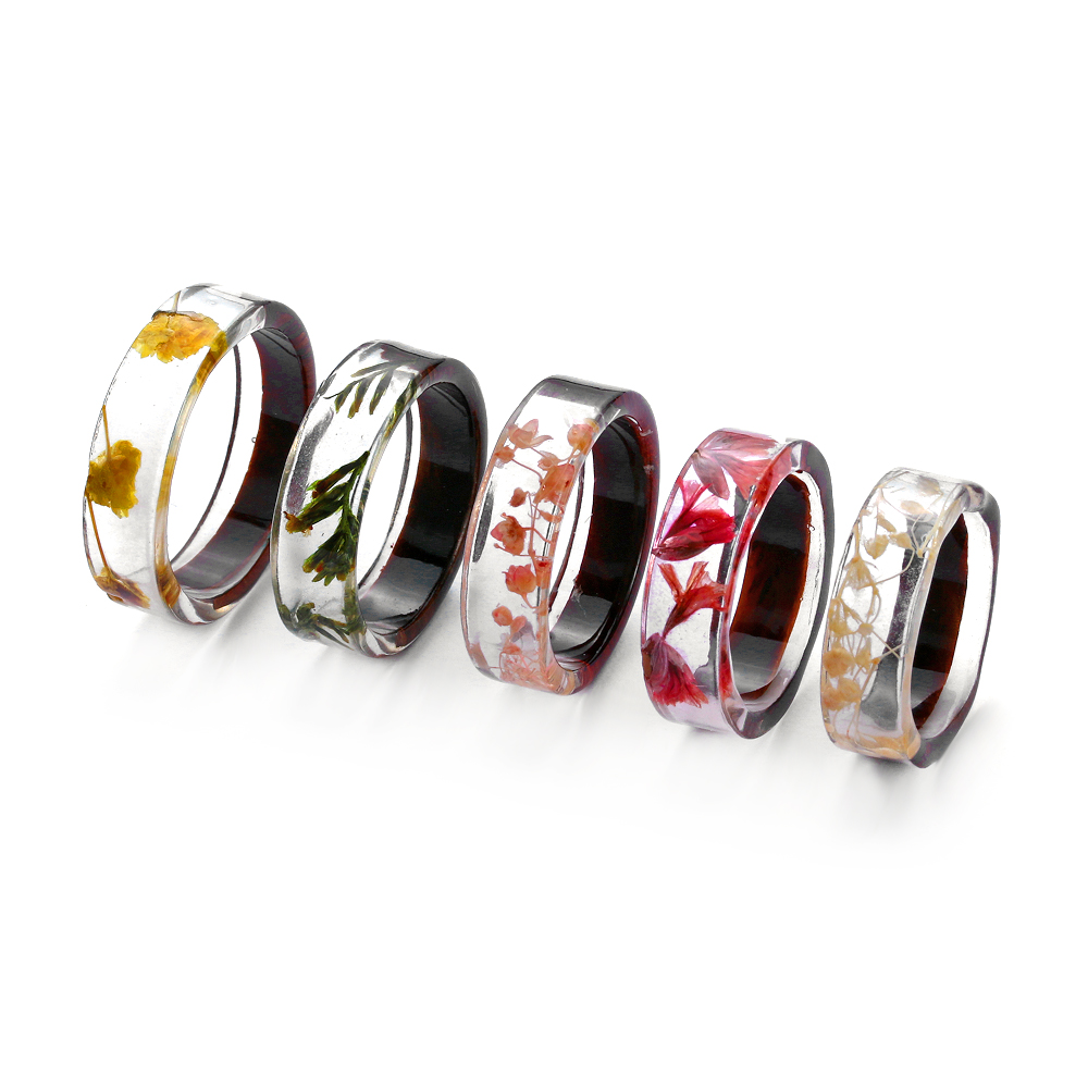 2020Ho Handmade Wood Resin Ring Flowers Plants Inside Jewelry Landscape Transparent Resin Ring Romantic Fashion Anniversary Ring