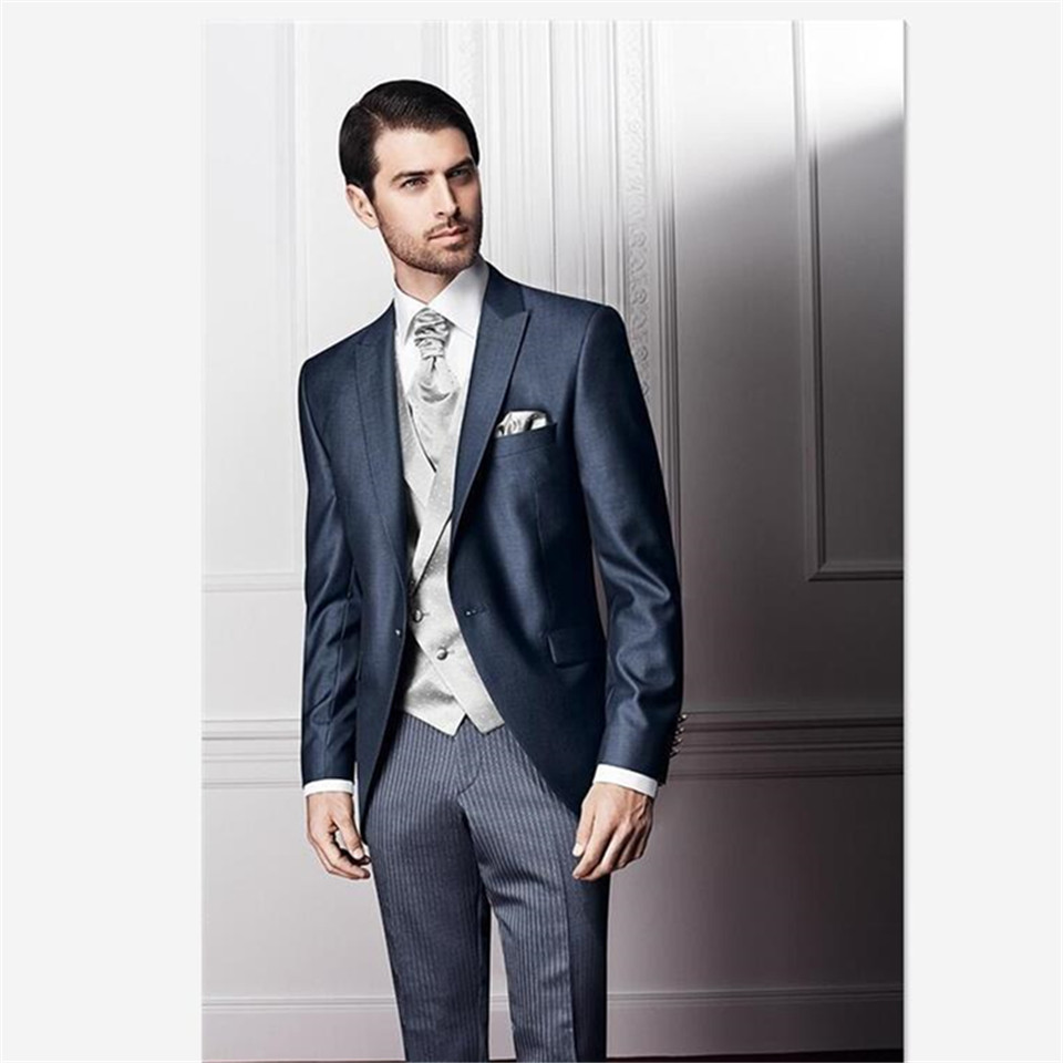 New Classic Men's Suit Smolking Noivo Terno Slim Fit Easculino Evening Suits For Men Grey Jacket With Black Tuxedo Blazer Weddin