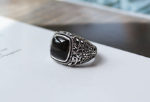 925 Silver Black Garnet ring For Men Female Engraved Flower Fashion Open Size Sterling Thai Silver Jewelry kjjeaxcmy fine jewelry 925 thai silver garnet thai onyx ginkgo biloba open ring ring