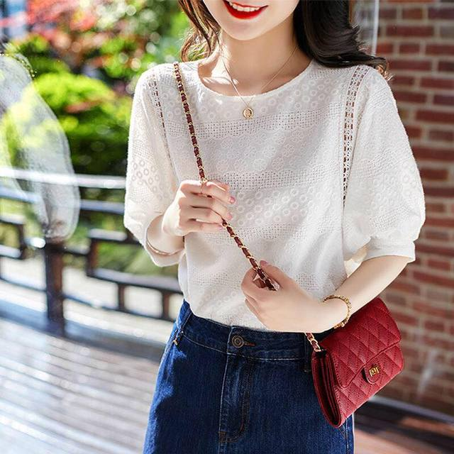 2021 Summer New Korean Fashion Women's Lantern Sleeve Loose Shirts Embroidery Cotton Lace O-neck Casual Blouses Plus Size 13440 2