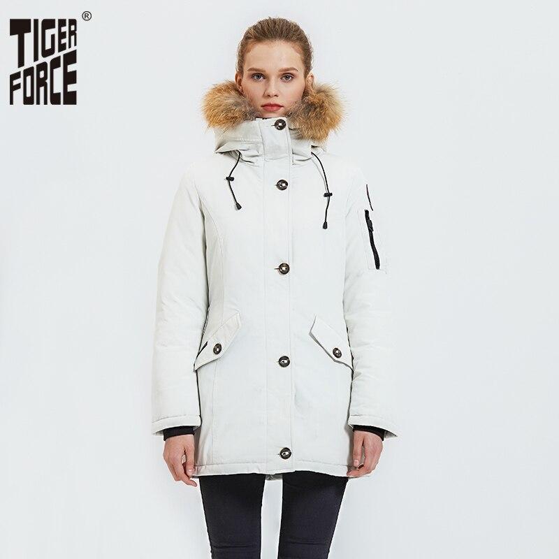 Chaqueta de invierno de fuerza de tigre para mujer Parka abrigo grueso cálido con Cuello de piel de mapache chaqueta de nieve caliente femenina Plus tamaño-in Parkas from Ropa de mujer    1