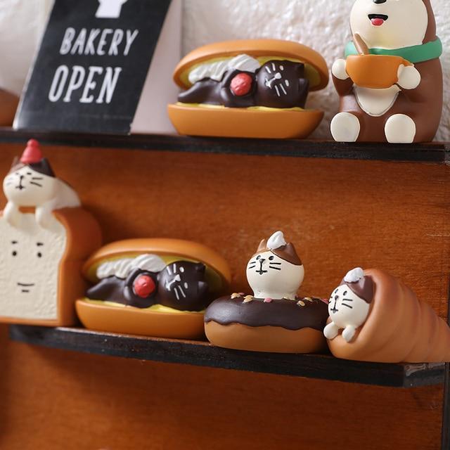 Japan Style Kawaii Cartoon Animals Cat Simulation Food Bread Resin Home Decoration Gifts Miniature Figurines Ornament Hogar 2