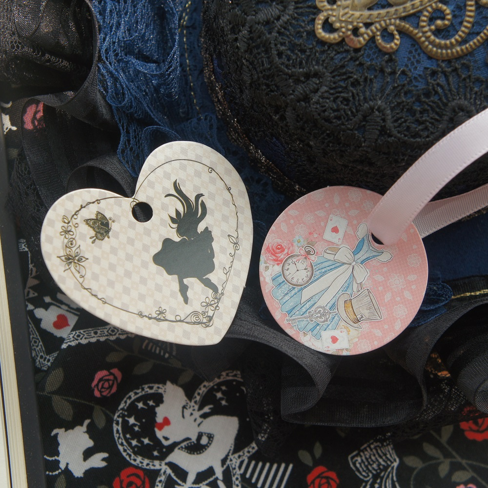 fairy tale Alice story Two Style Choose <font><b>50</b></font> Pcs Round Paper Tag Labels Packaging Decoration Wedding Birthday DIY Gifts Use image