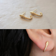 Simple gold stud earring for female cute lovely minimal snake animal simple earr