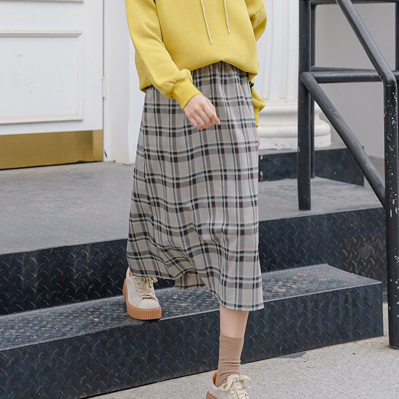Retro 2019 New Style Autumn Slimming Hip Skirt Slimming Mid-length Straight-Cut Plaid Skirt Women's Autumn And Winter 0743