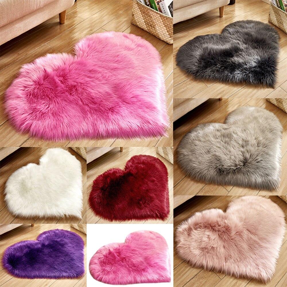 Soft Anti-skid Shaggy Fluffy Rug Bedroom Heart Shape Carpet Floor Mat Decor Home Bedroom Carpet Floor Mat