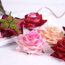 5 adet 8CM gül kırmızı yapay çiçekler kafa plastik el yapımı düğün ev günü ev partisi çelenk dekorasyon DIY hediye ipek zanaat