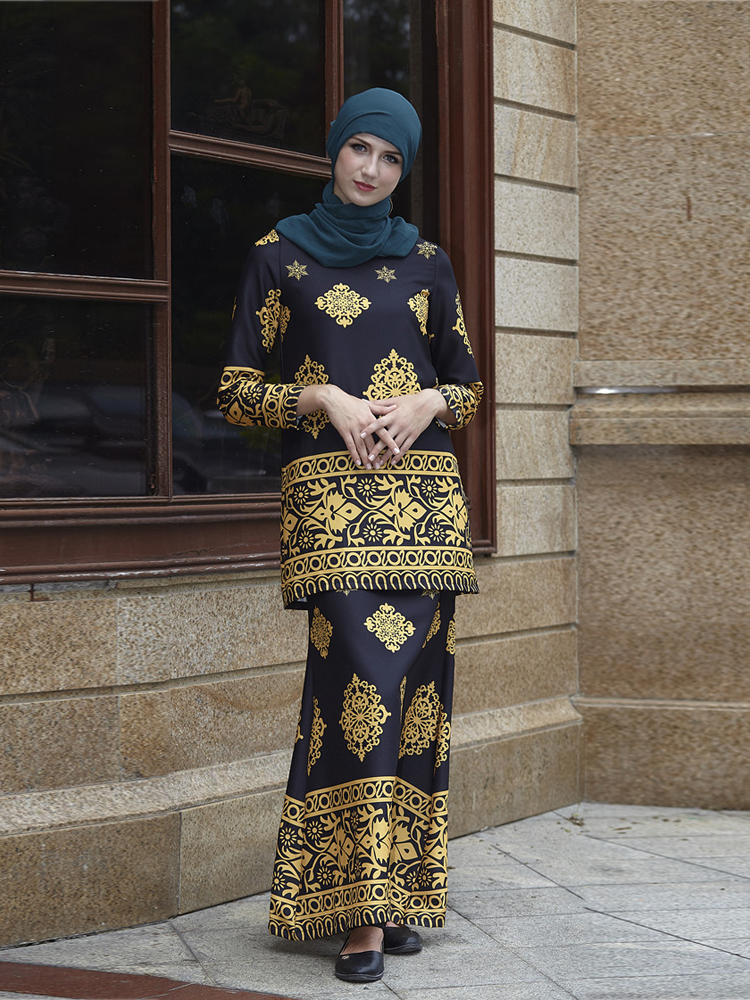 Arab Women Two piece Clothing Muslim Lady Abaya Sets Dubai Floral Appliques Caftan in Islamic Clothing from Novelty Special Use
