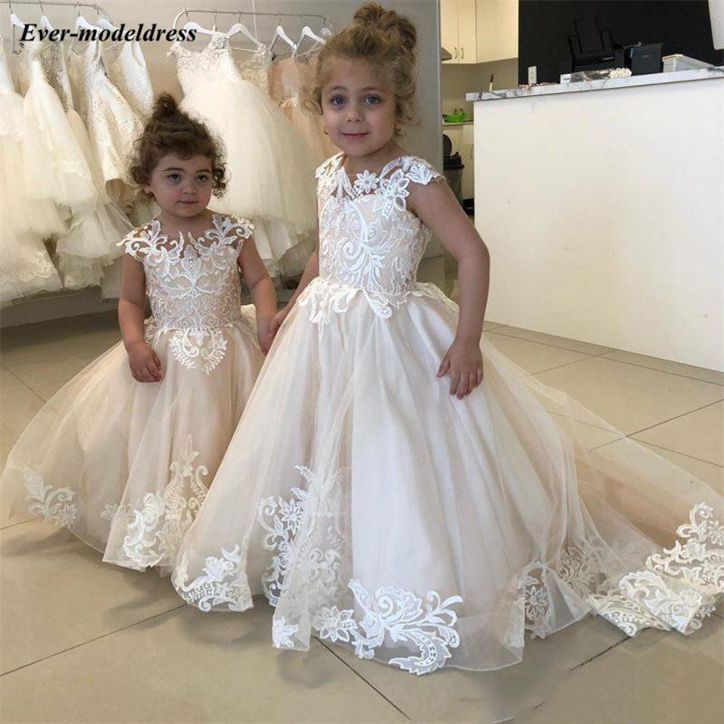 Champagne Princess 2019   Flower     Girls     Dresses   Scoop Lace Appliques Cap Sleeves Button Back   Girls   Pageant Gowns primera comunion