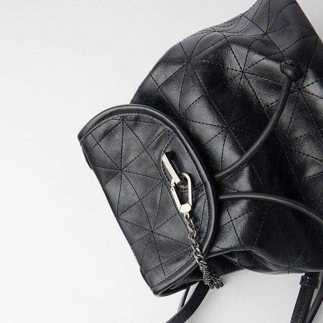 Women's Bag 2021 New Black Flip Soft Shoulder Bag Large Capacity Chain Bag Fashion Lingge Leather Backpack Women 3