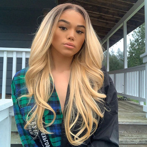 1b 613 Blond 13×6 Lace Front Human Hair Wig With Baby Hair Pre Plucked Brazilian Remy Wavy Wig For Black Women