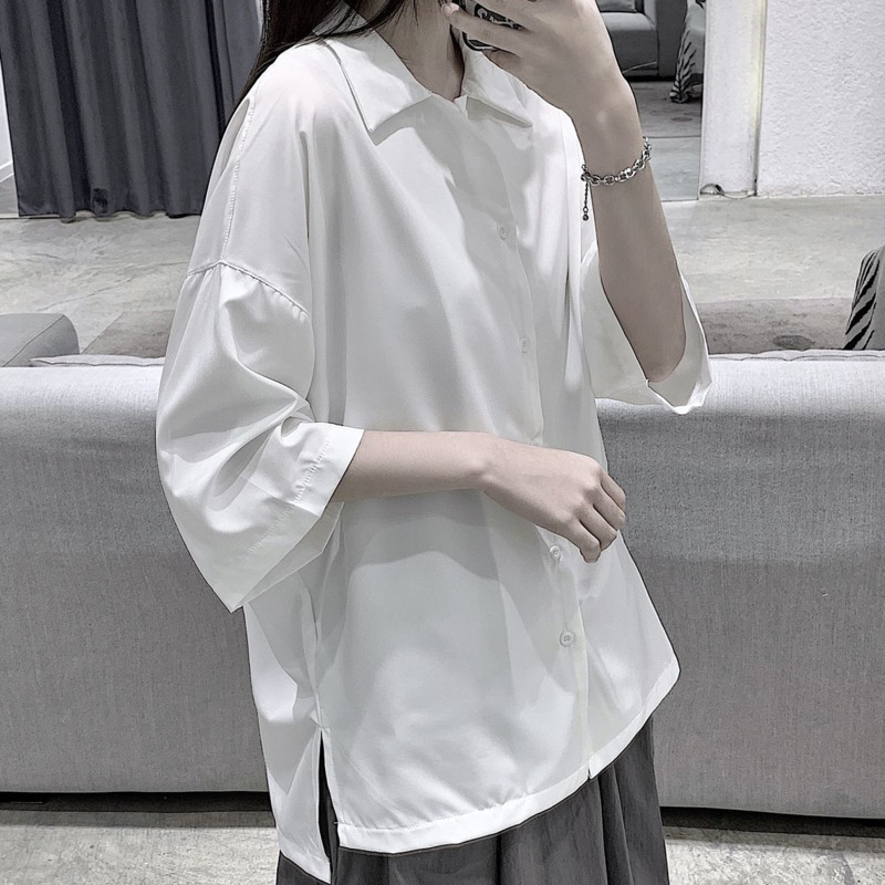 Men's shirt 2020 summer new slim, solid color five-point sleeve shirt loose casual lapel style youth men's wear personality